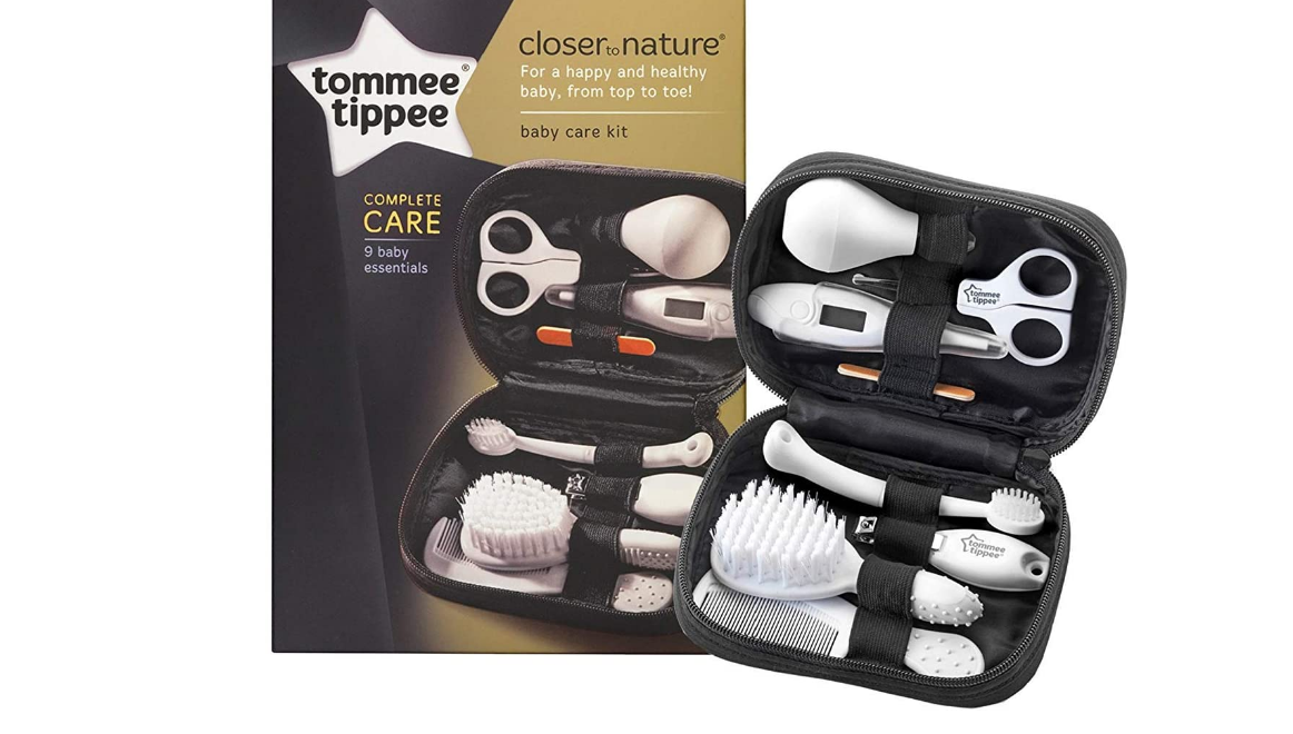 Tommee Tippee Closer to Nature Healthcare Kit and hairbrush
