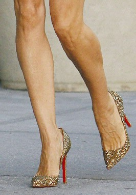 SATC First Look! - Carrie's shoes! - 17