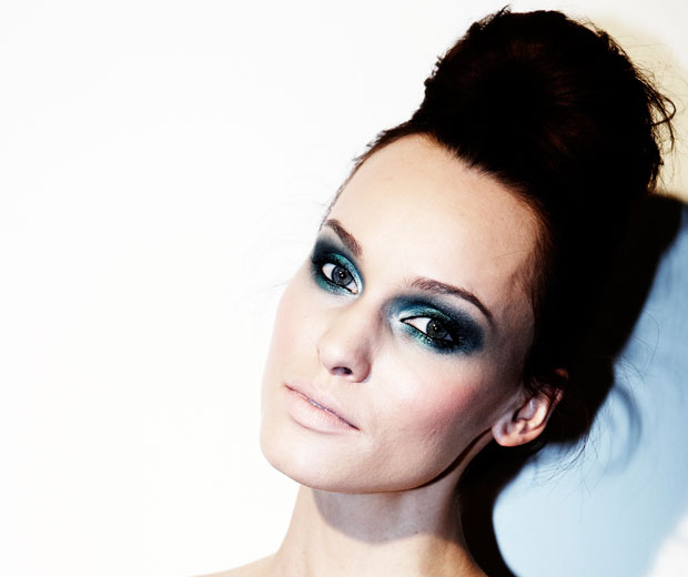 Get the catwalk beauty look as seen at The LOOK Show SS11 with LOOK's Beauty Editor, Sophie Beresiner