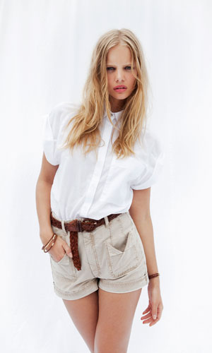 Shop for celeb fave jeans label at the new online fashion store Mih-Jeans.com, popular with Rhianna, Jessica Alba, Jessica Biel, Katie Holmes, Kate Bosworth, Natalie Portman, Florence Welch and Jennifer Garner