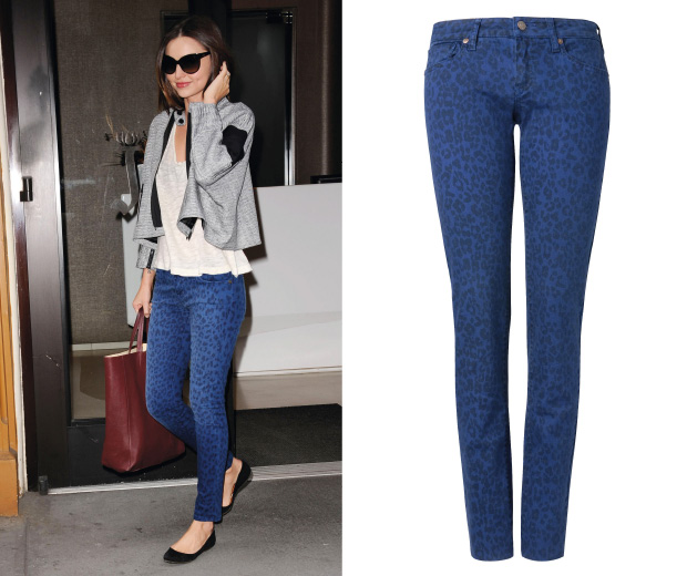 We love Miranda Kerr's blue Current/Elliott leopard-print jeans – get the look at Mango