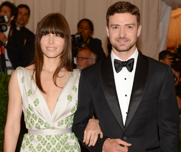 Justin Timberlake & Jessica Biel: Are They Married?!