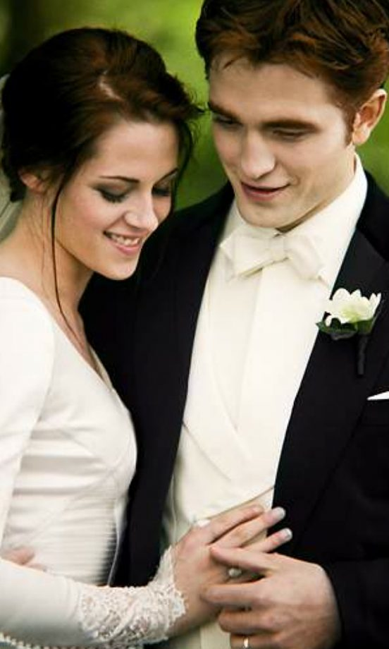 The Twilight Saga: See The Pictures From ALL The Films   Look