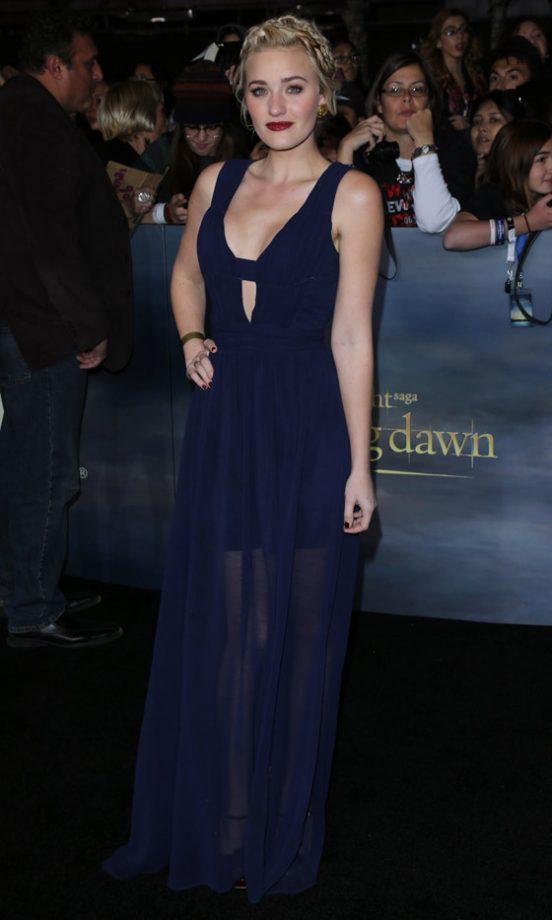 Amanda Michalka Picture 18 - The Premiere of The Twilight