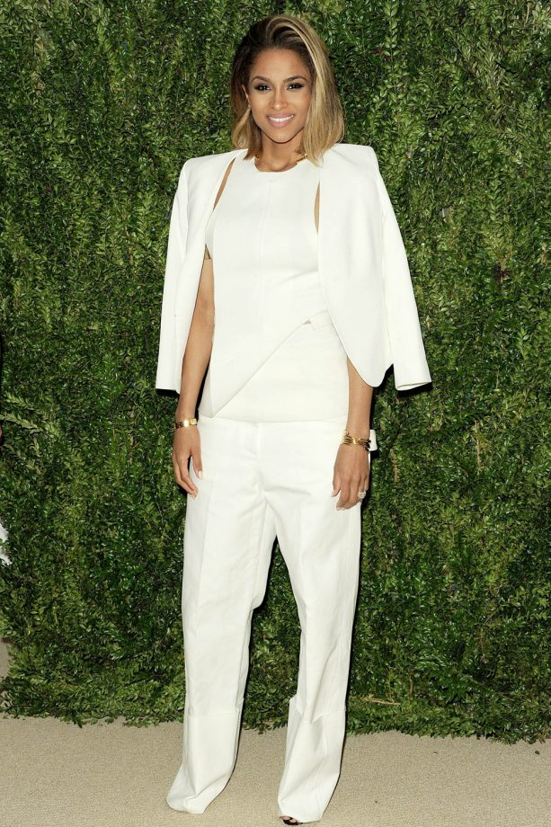 Ciara Looking Chic In All White At The CFDA Fashion Fund Awards, 2013