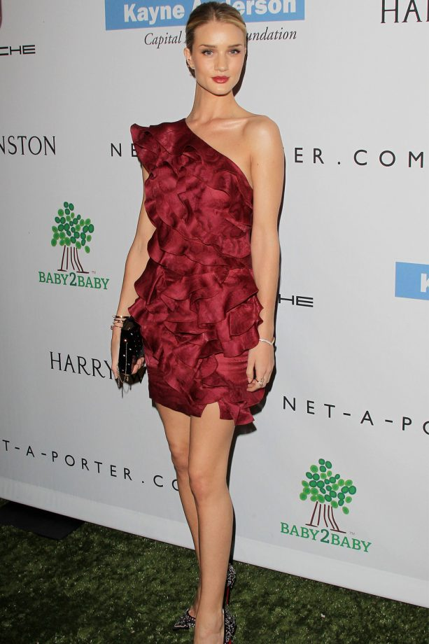 Rosie Huntington-Whiteley Dazzled in Red At The Baby2Baby Gala in LA, November 2013