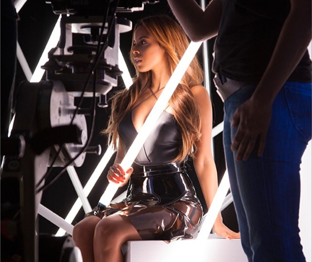 Rochelle gets saucy in The Saturdays' brand new video, Not Giving Up