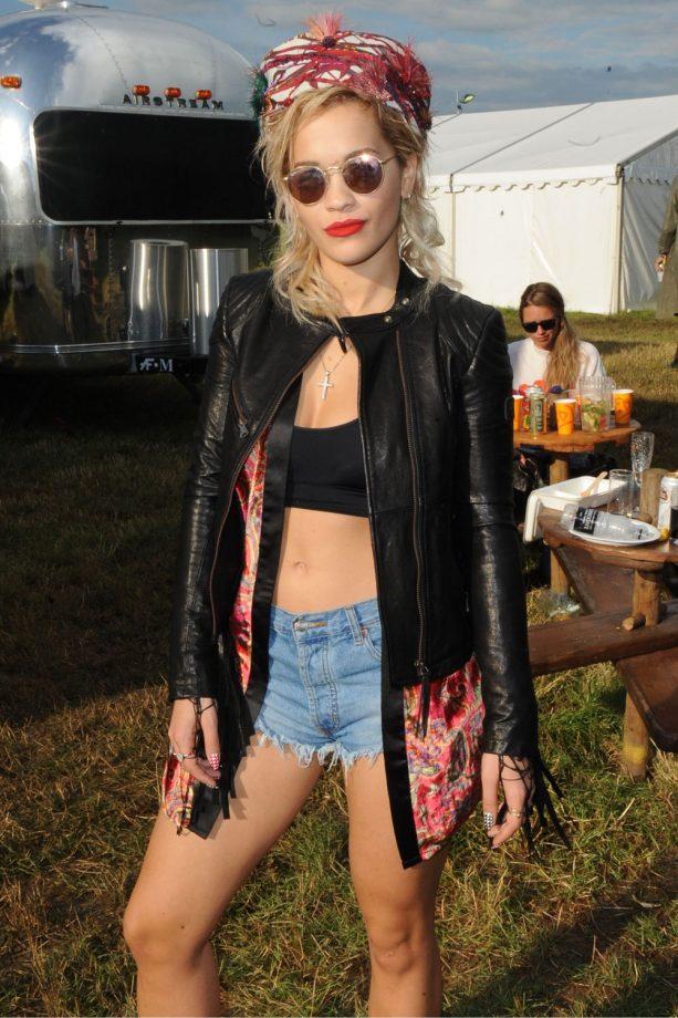 Rita Ora Rocks Some Seriously Short Shorts At Glastonbury, 2014
