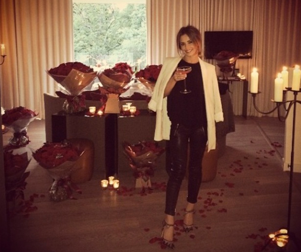 Cheryl celebrated her 31st birthday surrounded by red roses
