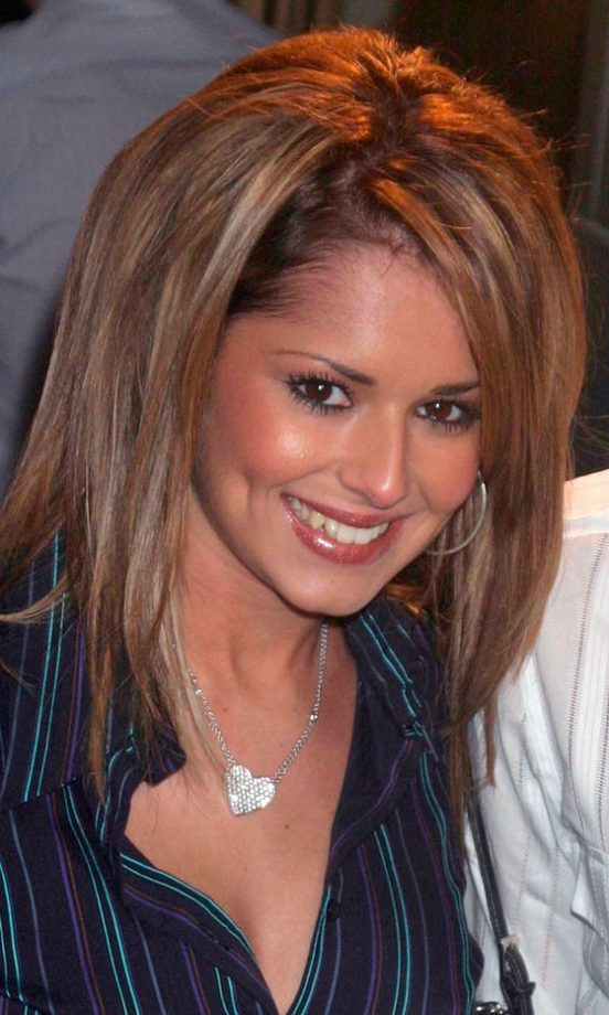 Cheryl Cole Add Highlights To Her Hair While Out And About In London 2005