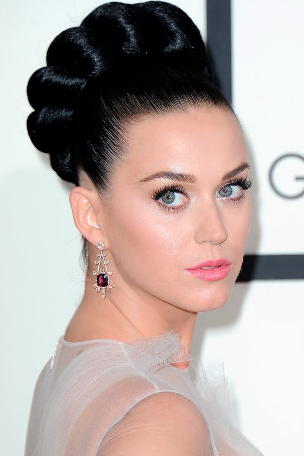 Celebrity Hairstyles You Ll Want To Copy Look