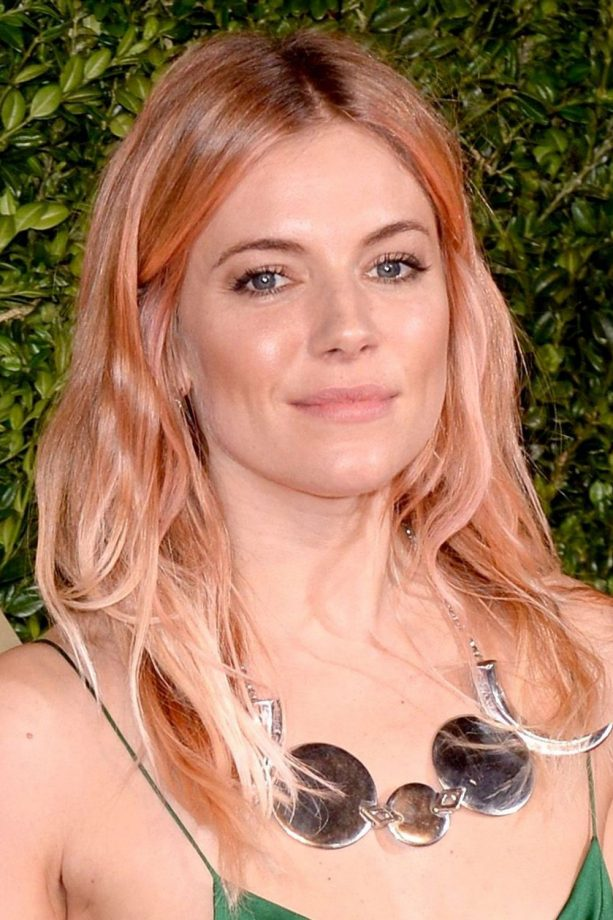 Dip dye hair celebrity inspiration look sienna miller with a pink and blonde dip dye at the british fashion awards pmusecretfo Image collections