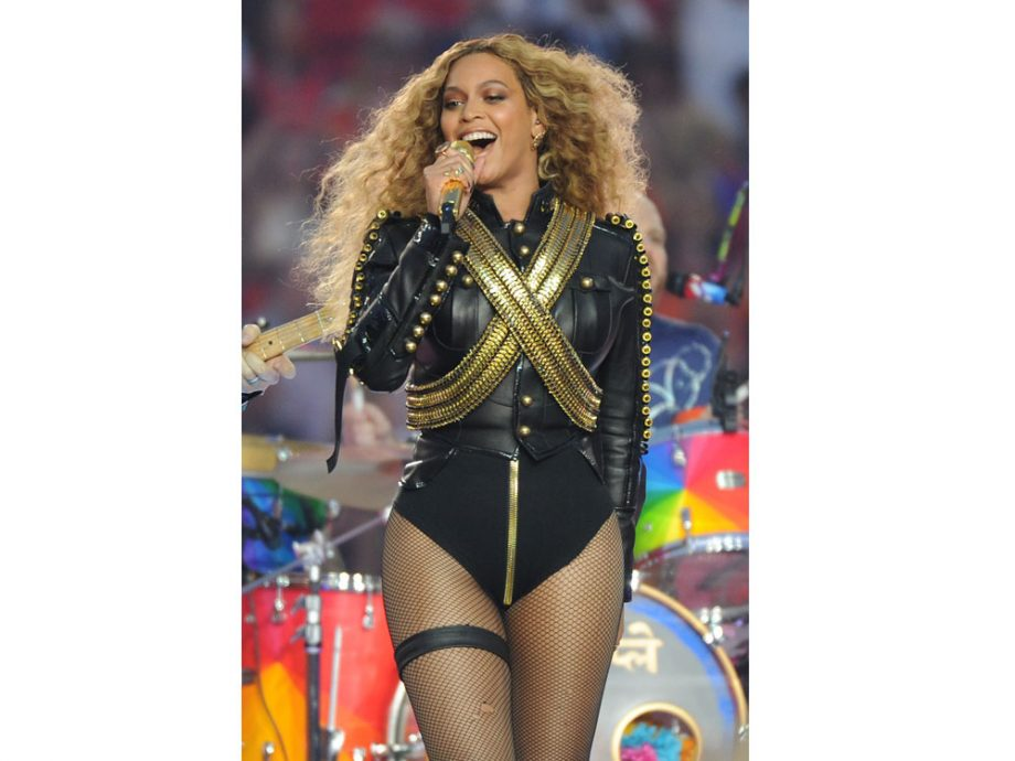 Beyoncé performing 'Formation' at the Super Bowl