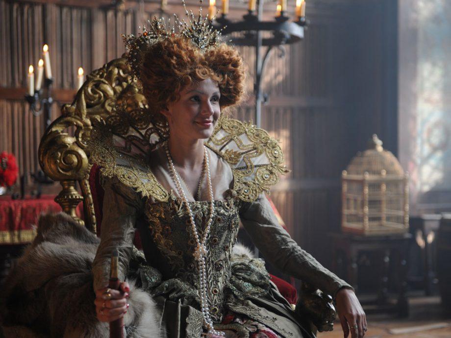 Michelle Keegan is an Elizabethan beauty in Drunk History