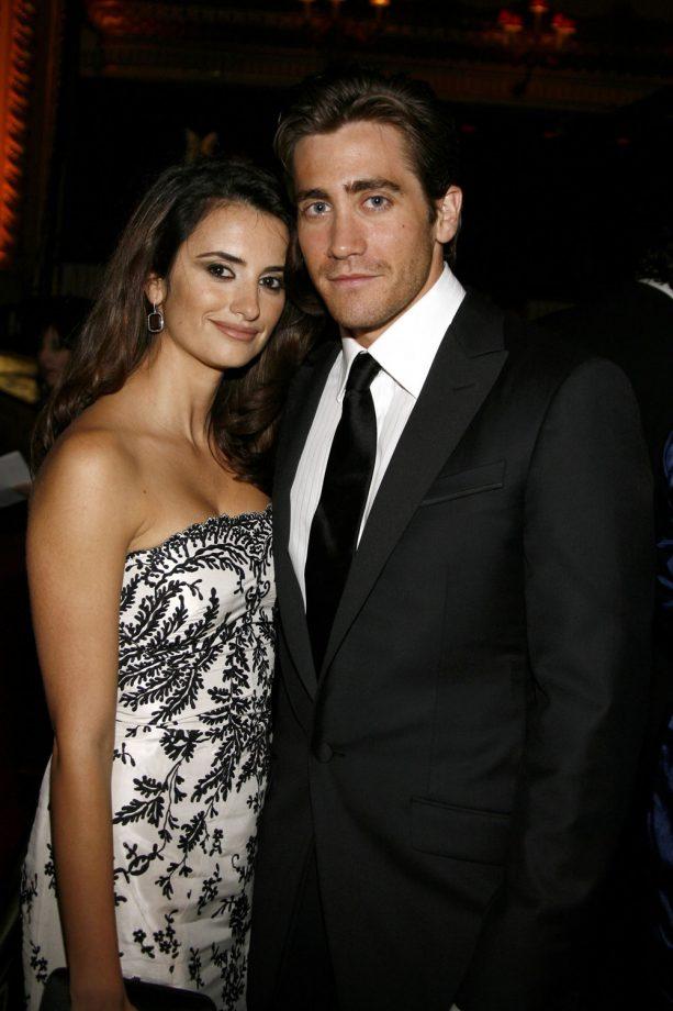 Penelope Cruz And Jake Gyllenhaal Backstage Together, 2007
