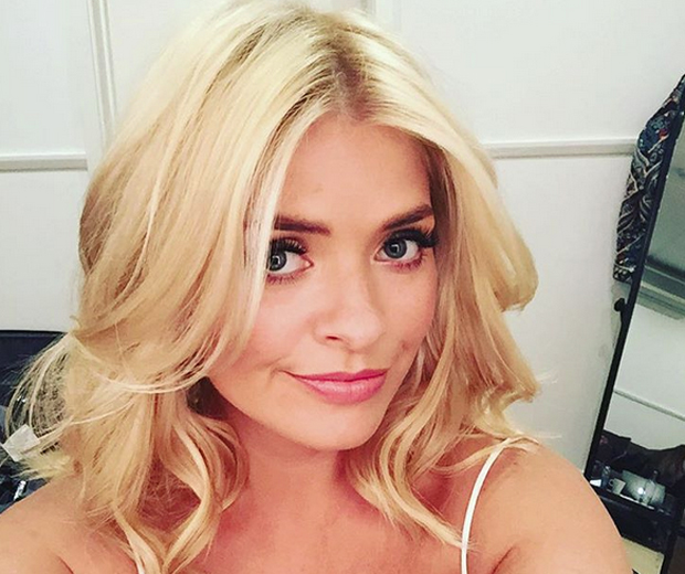 Holly Willoughby Spills Her Ultimate Make Up Secrets Look