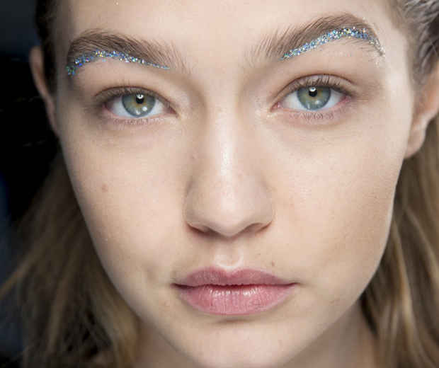 Under Eyebrows Are The New Power Brow Look