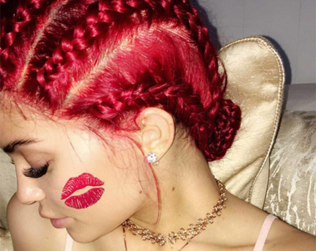 kylie jenner red hair