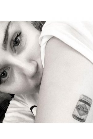 Miley Cyrus Gets Tattoo Tribute To Fiance Liam Hemsworth's Favourite Food, 2016