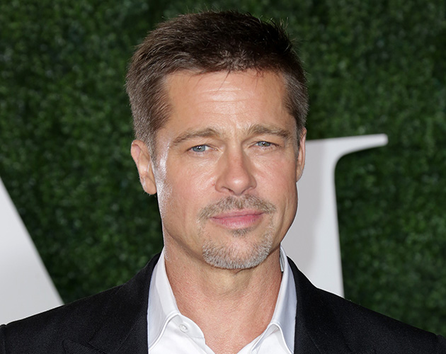 Brad Pitt Breaks His Silence On Angelina Jolie At The Allied Premiere ...