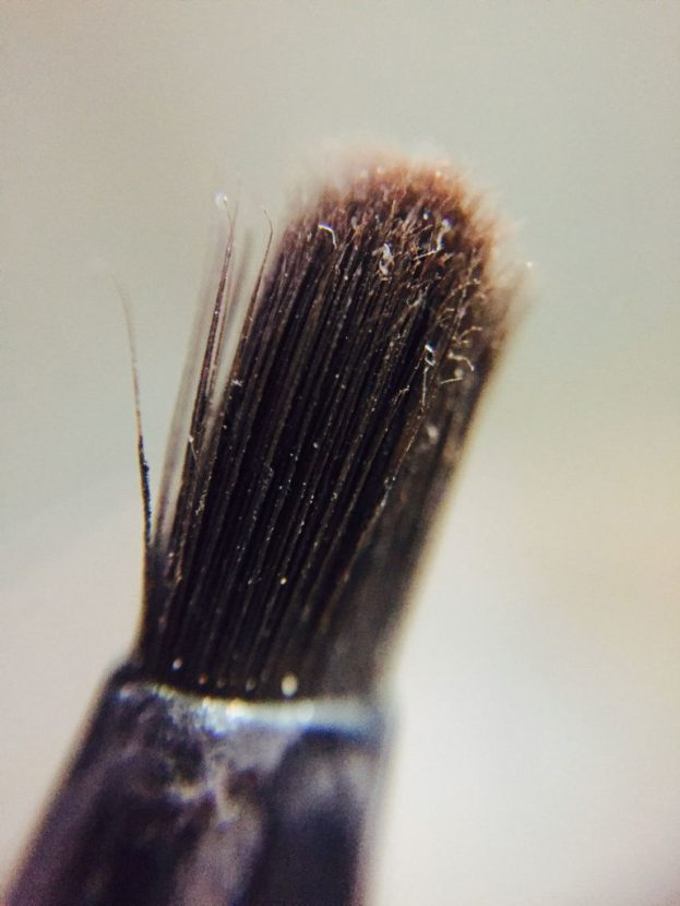 Dirty Makeup Brushes: These Photographs Of Dirty Make-Up Brushes Will Make Your
