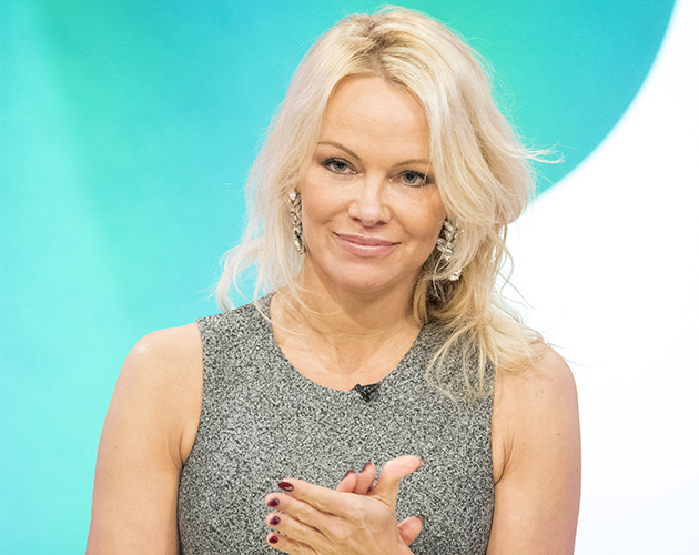 Viewers Can't Get Over Pamela Anderson's Appearance On ... Pamela Anderson