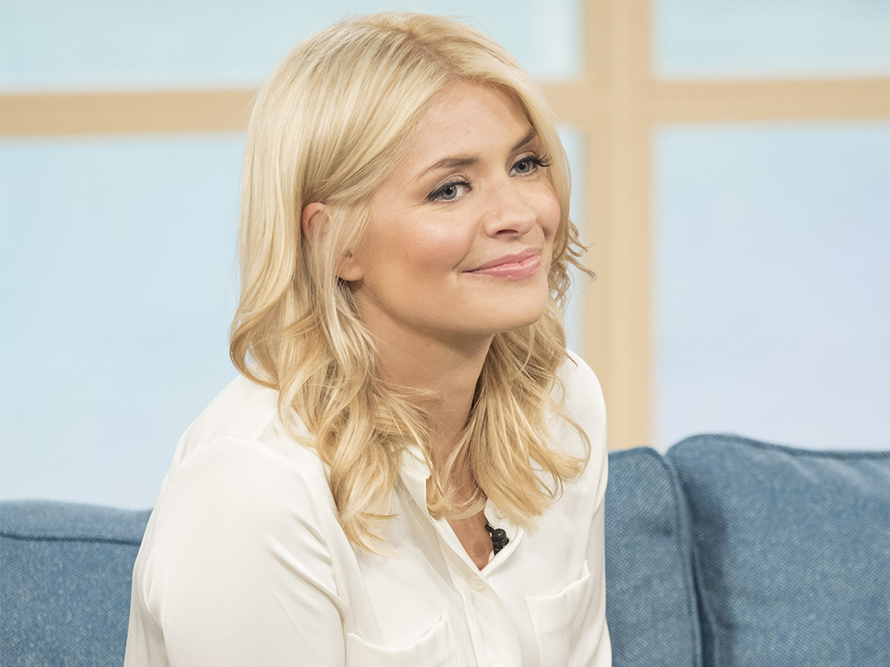 holly willoughby - photo #37