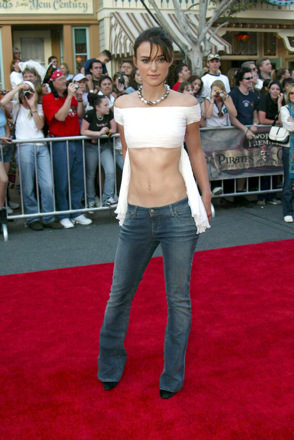 25 Keira Knightley Outfits From The 00s She Would Never ...