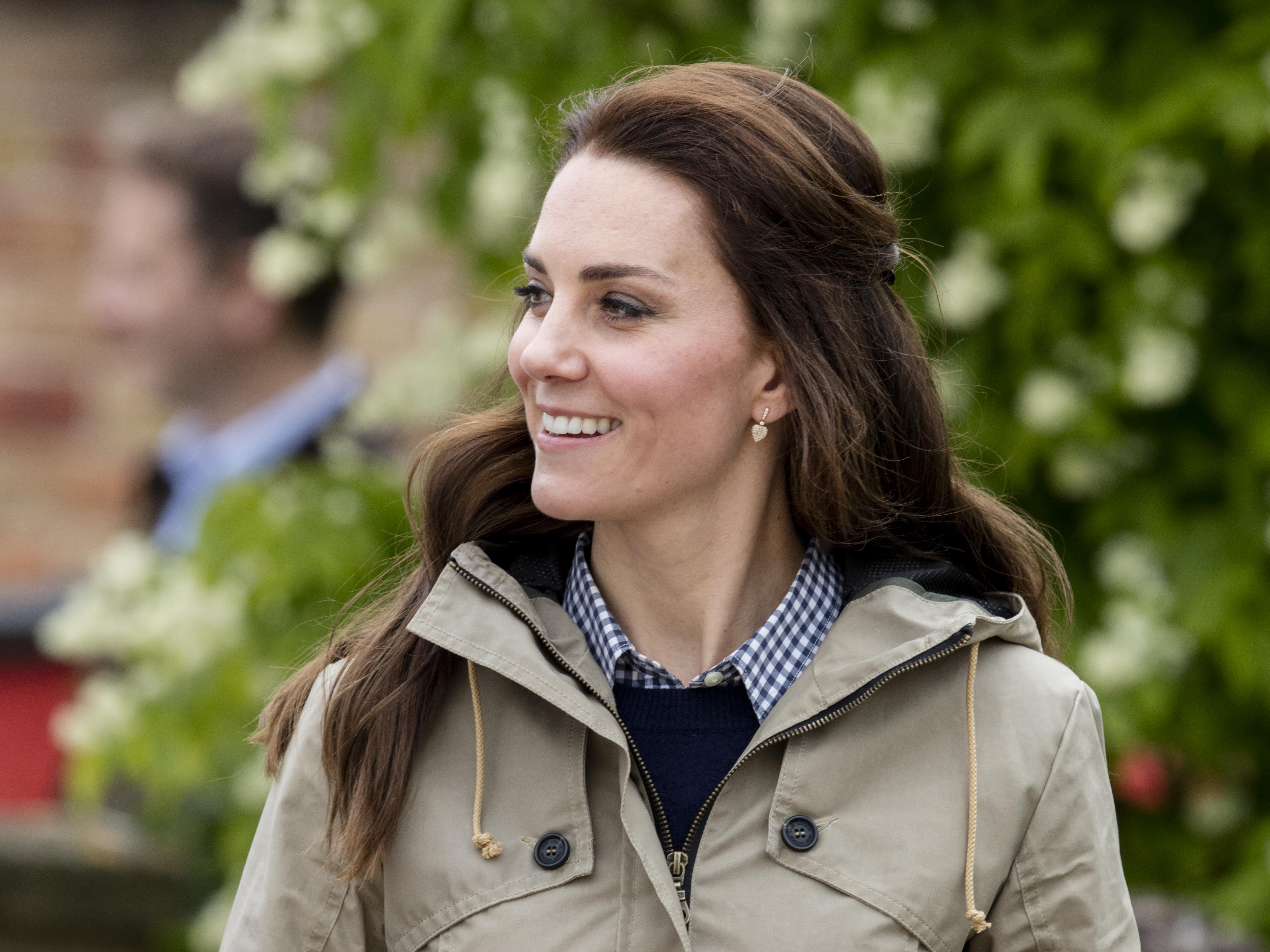 Kate Middleton slammed on for 'truly awful' '80s style banquet dress