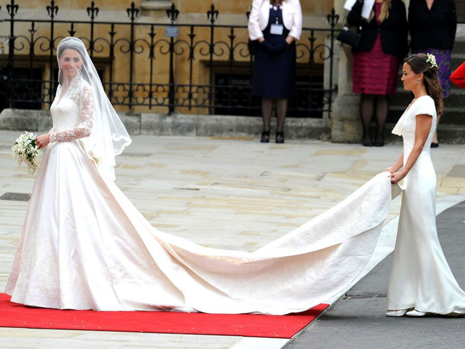 Kate middleton actually had a second wedding dress and its beautiful kate middleton and pippa middleton junglespirit Images