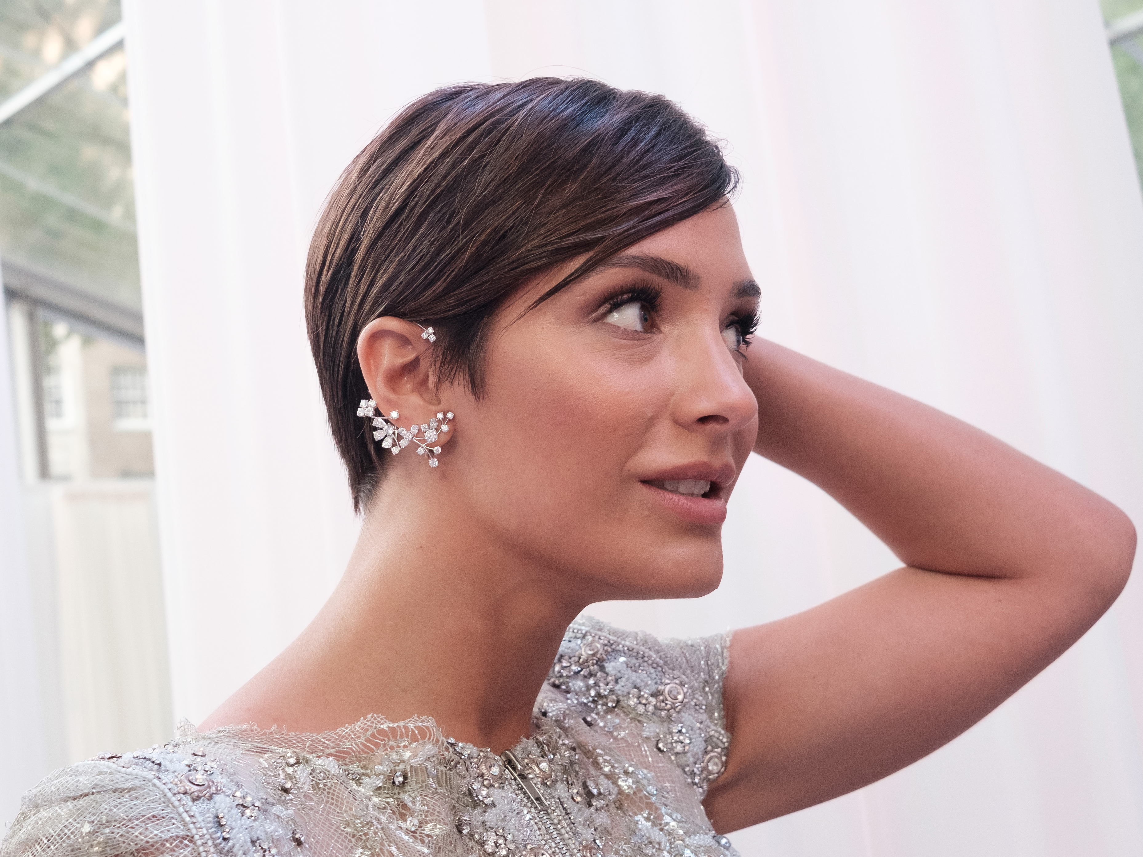 Frankie Bridge Debuts Seriously Short Hair, And We're In
