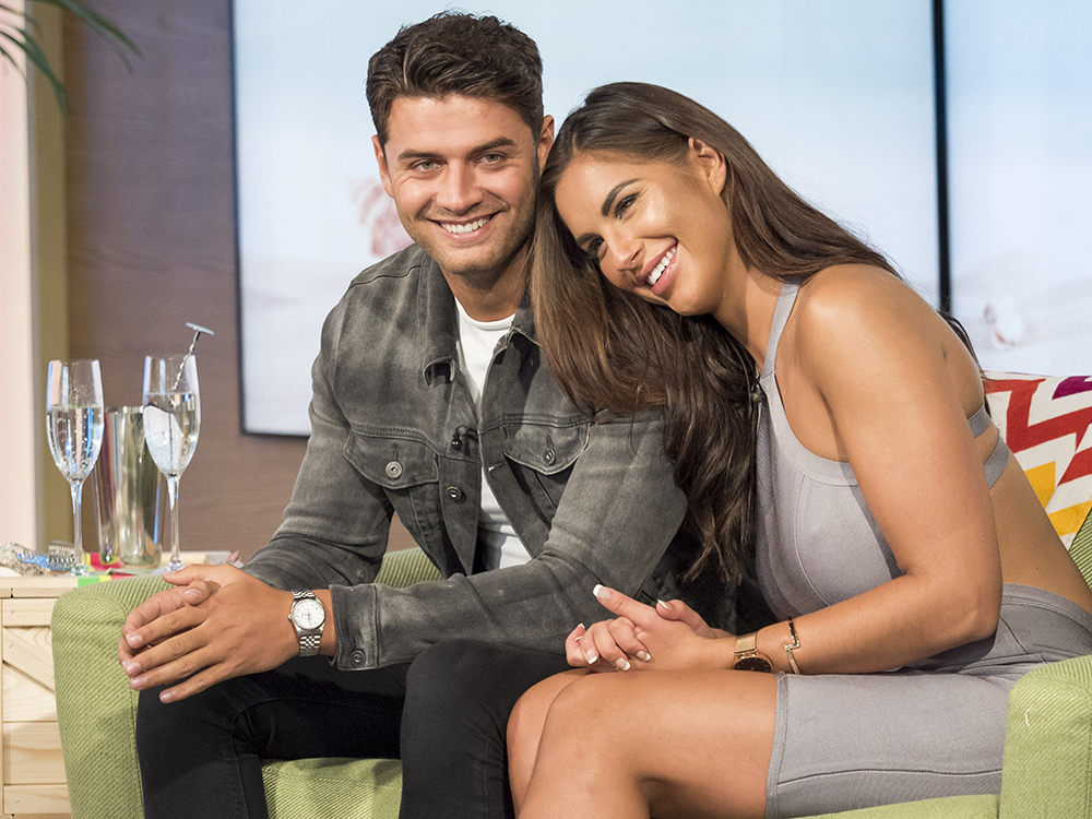 Mike And Jess On This Morning See Love Island S