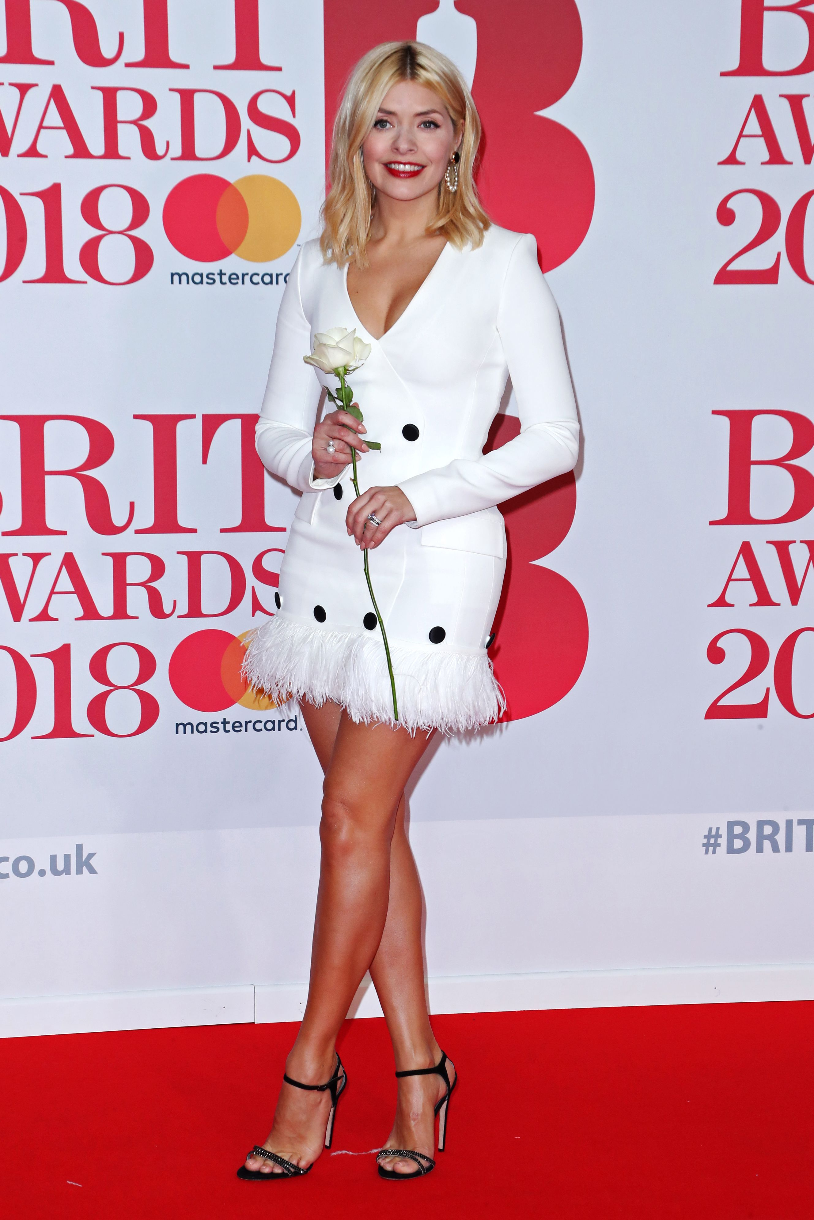 Looking As Glamorous Ever The Mum Of Three Absolutely Dazzled In A White Tuxedo Style Dress