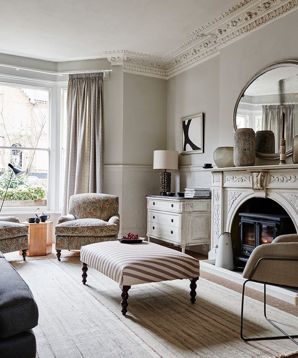 See this classic living room with paisley embroidery