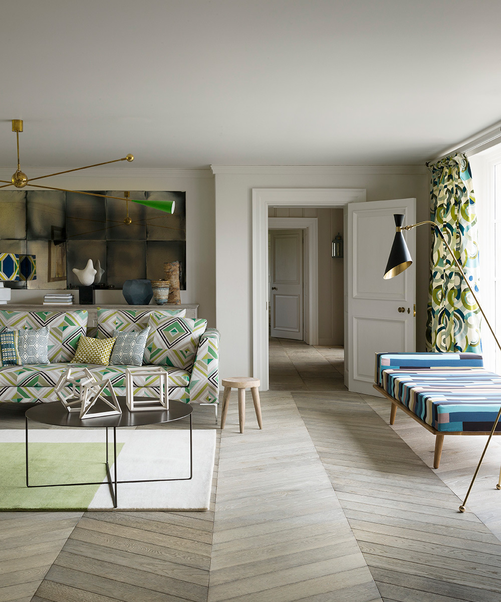 See this French Modernist living room with mixed materials