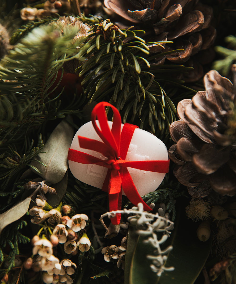 Christmas decoration workshops with Diptyque and Hotel Café Royal