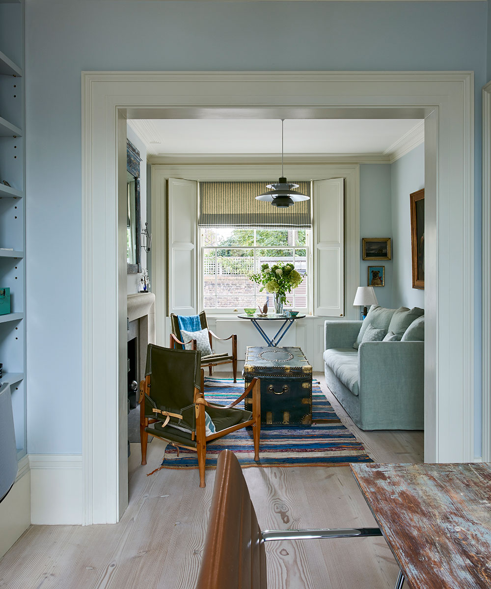 An exquisite Georgian property, lovingly painted in shades of blue