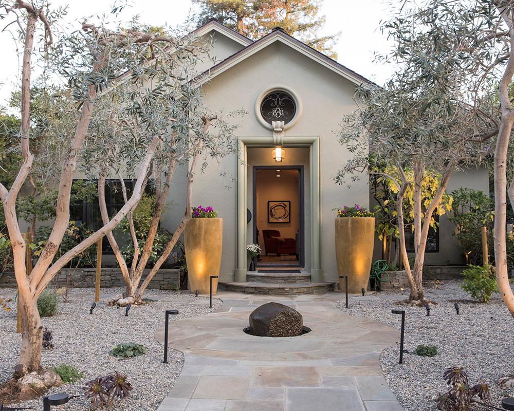Explore this colourful home in California, designed by Fiorella Design