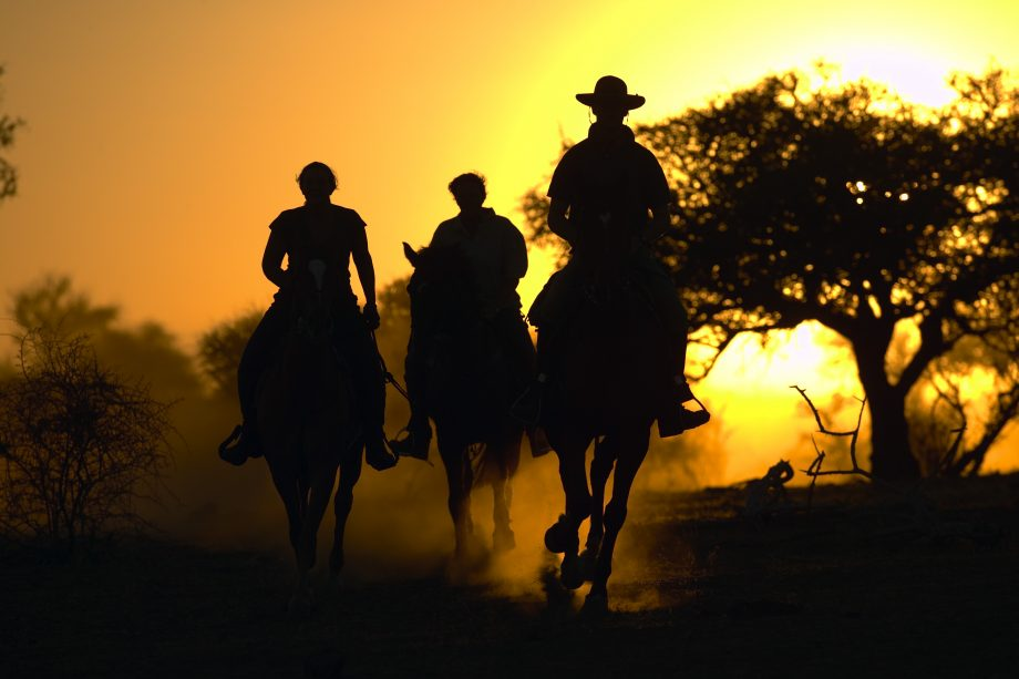 Horse riding holidays - Botswana