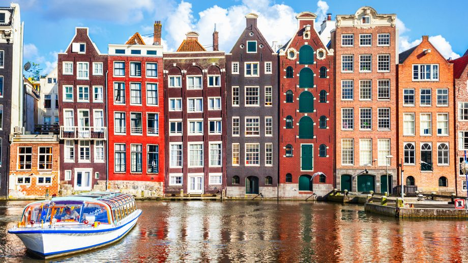 Alternative girls weekend away ideas - mini cruise in Amsterdam