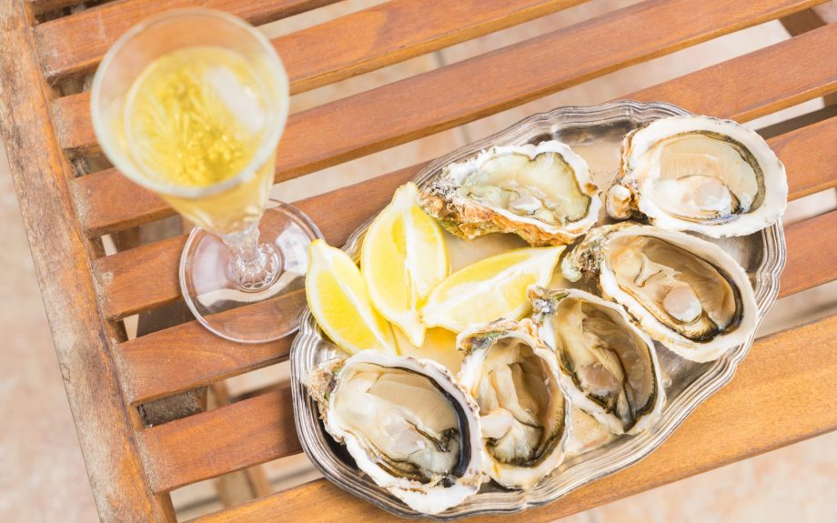 Croatian oysters and wine